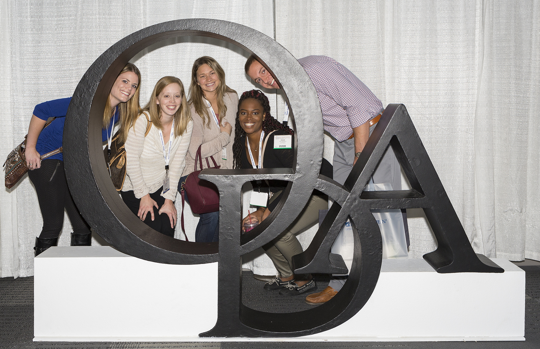 Pictured are Kelly (Dental Assistant – Front Desk), Dr. Monica Monfredi (Dentist), Rachel (EFDA), Ciera (Hygienist), and Mike (Practice Manager) of Monfredi Family Dental in Columbus at the 2017 ODA Annual Session